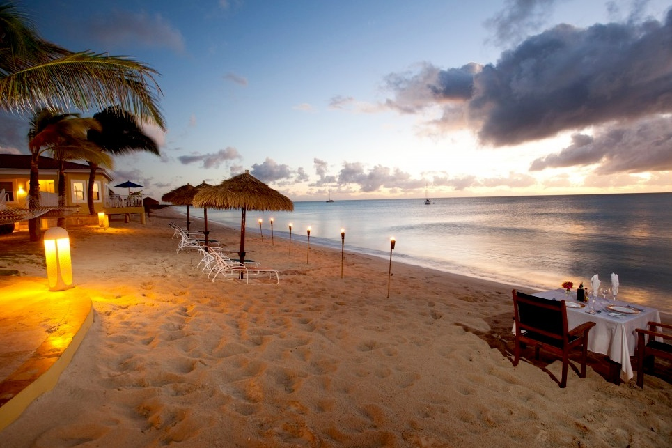 пикничок под бархатным Карибским небом