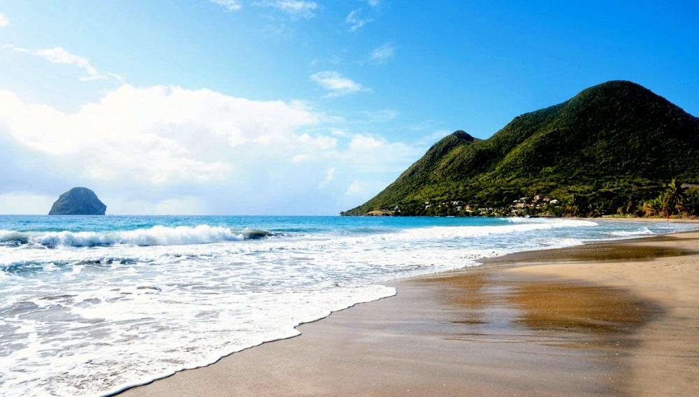 Пляж на Мартинике