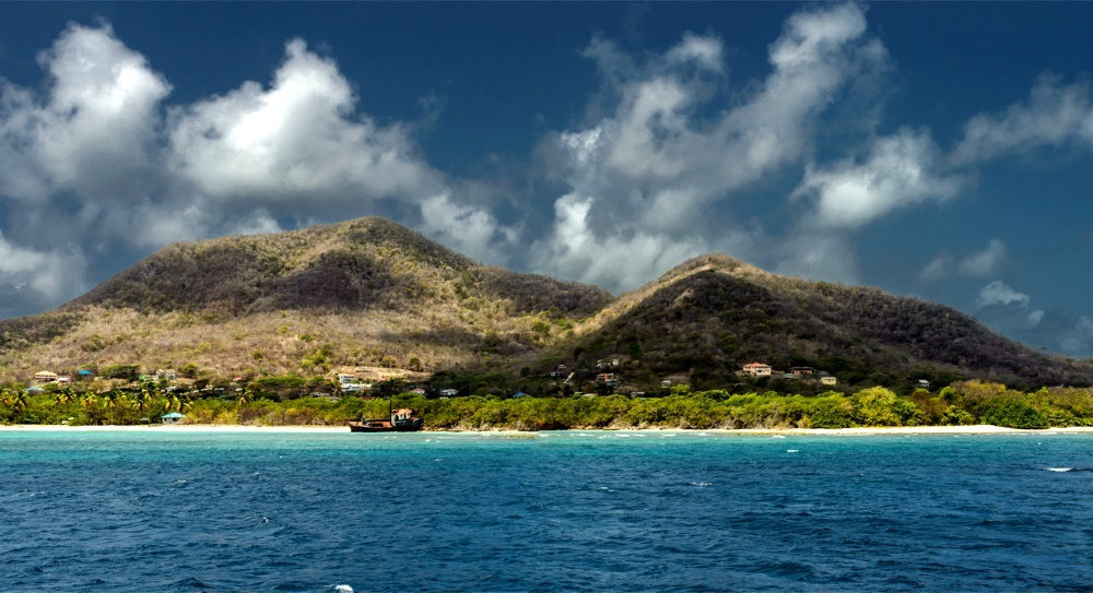 Приобретать тур на Петит Мартинику