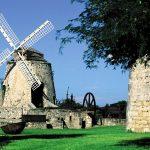 Ветряная каменная мельница на Санта-Крус