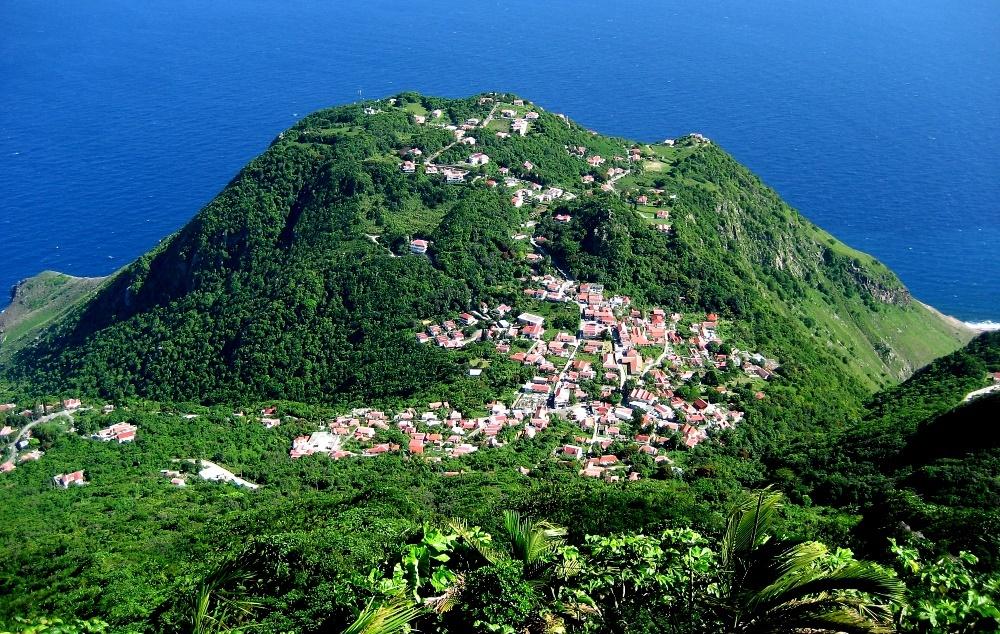 Город Уиндвардсайд на острове Саба