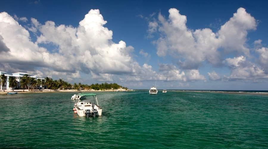 Остров Кайман-Брак