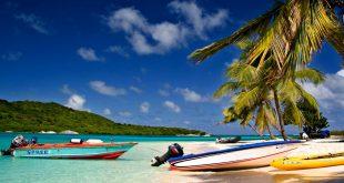 Остров Тобаго, пляж, лодки, пальмы